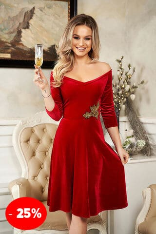 Rochie StarShinerS rosie de ocazie din catifea cu croi in clos